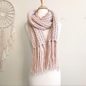 Abercrombie Blush pink Knit Scarf